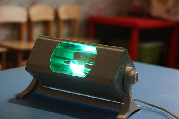 Бактерицидная лампа для кварцевания