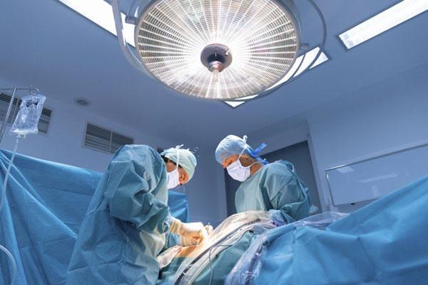 Операция на стоме